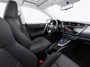toyota-auris-2014-interior-tme-013-hybrid-elbiler-dk